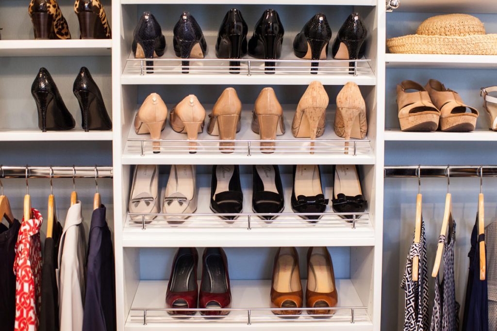 walk-In closet dimensions