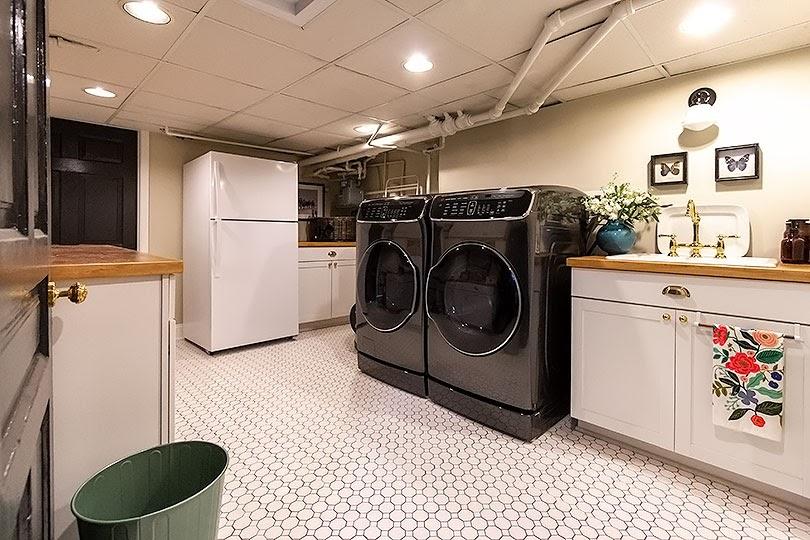 Stunning 20 Basement laundry room ideas